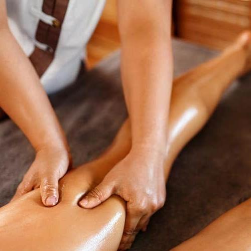 Circulation stimulating leg massage500x500